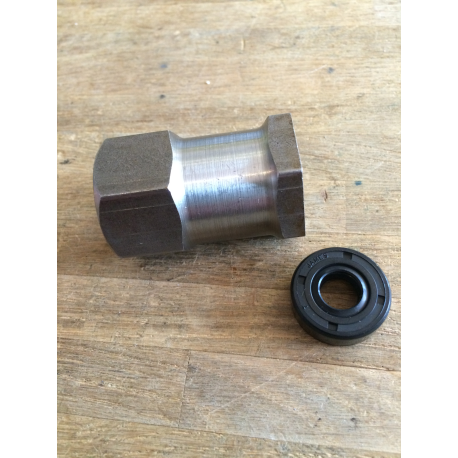 nut & seal clutch hub