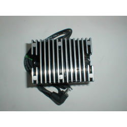 Voltage regulators 22amp. 81-88