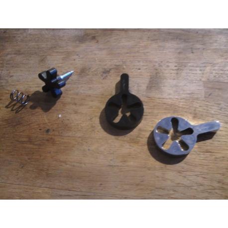 Grip Throttle thumbscrew